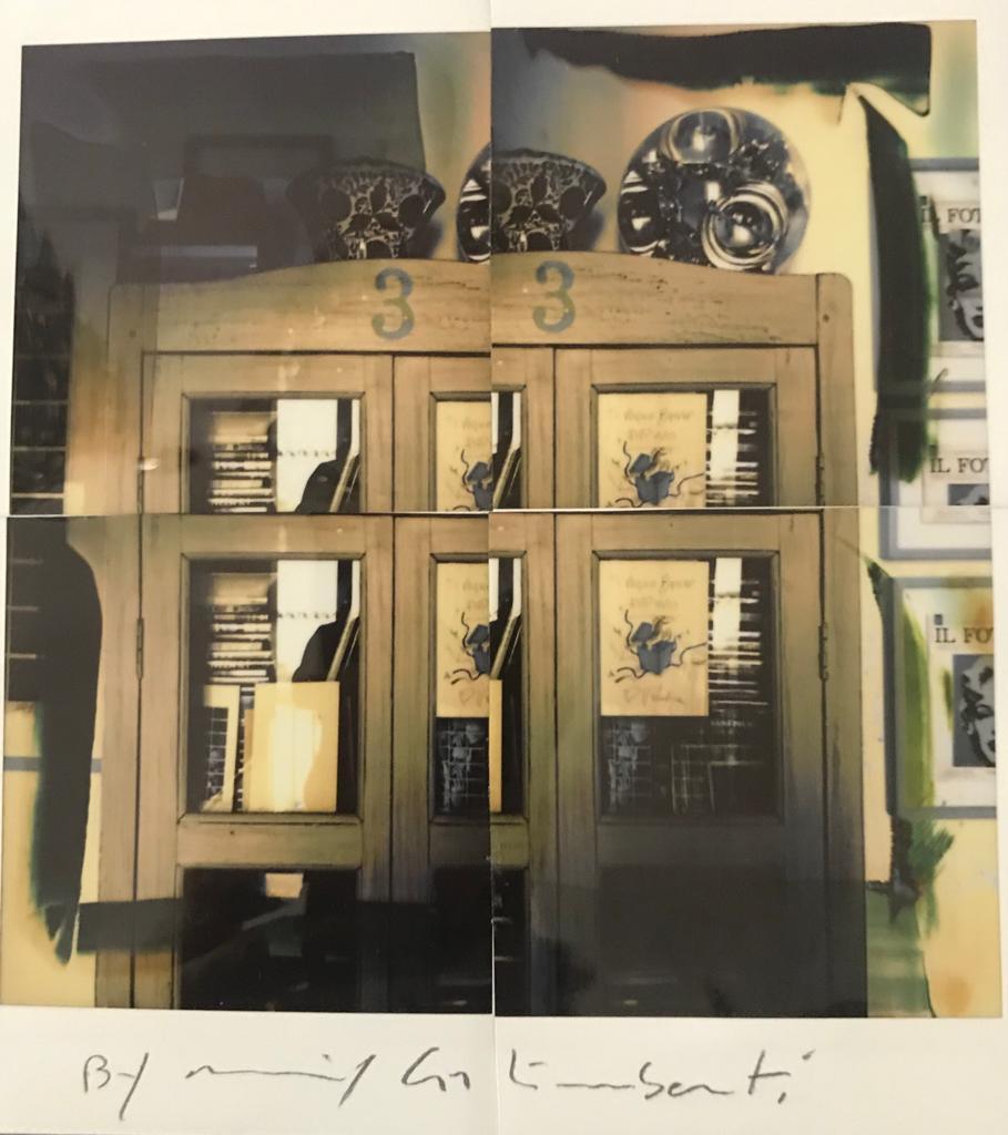 Fotografie solidali di Maurizio Galimberti CV ... a casa ... con lo sguardo ed i sogni dentro la casa ... n°18