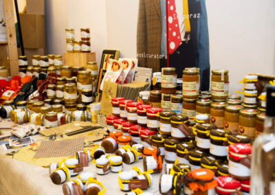 Boutique dei Nasi Rossi miele e marmellate